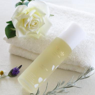 ホワイトフラワーVローション 化粧水