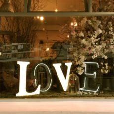 海外のバレンタインデーで人気の健康志向な贈り物はあの2つ!